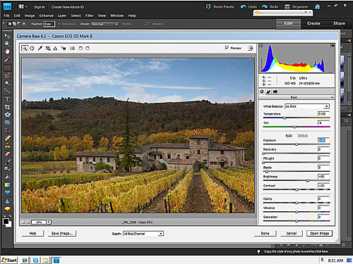 Siena Farmhouse – CR2 Raw image